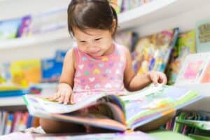 Best Books for 2 Year Olds of 2020: Complete Reviews With Comparisons